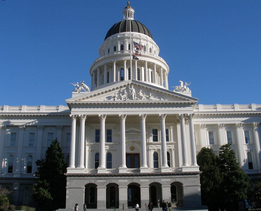 Lawmakers in California call for the reclassification of cannabis