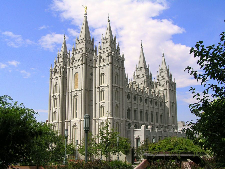 Pictured%3A+A+Mormon+temple+in+Salt+Lake+City%2C+Utah.+