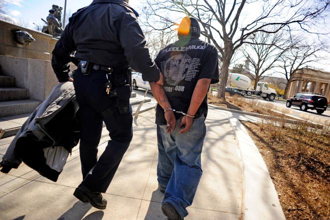 Cannabis+legalization+is+causing+less+violent+crimes%2C+recent+study+finds