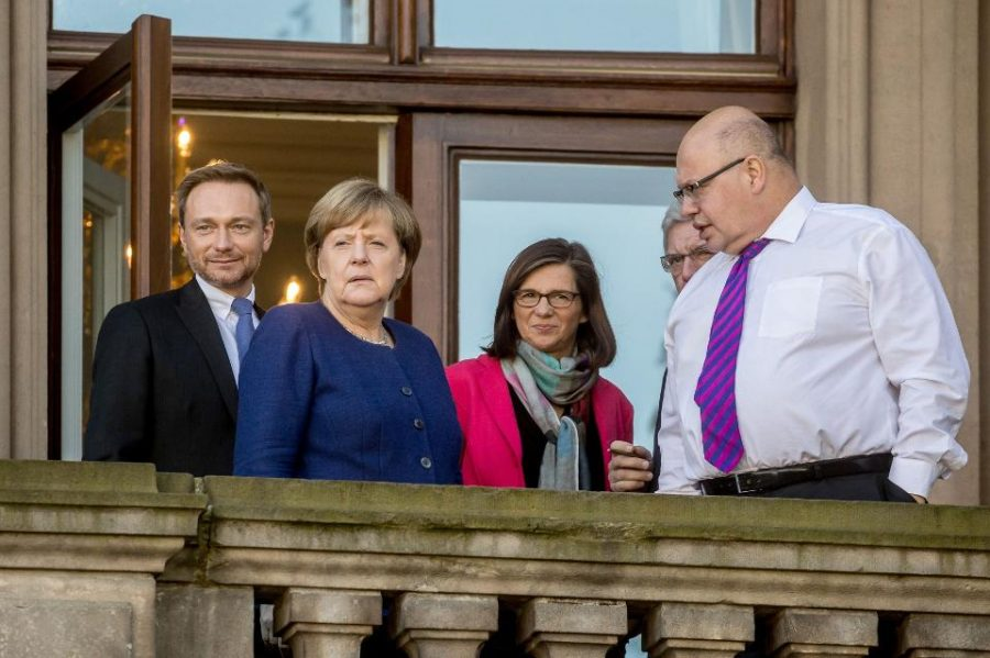 German parties consider coalition government, discuss sales of cannabis