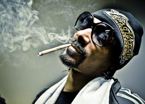 http://www.factmag.com/2016/10/07/canadian-marijuana-weed-industry-soars-snoop-dogg-involvement/