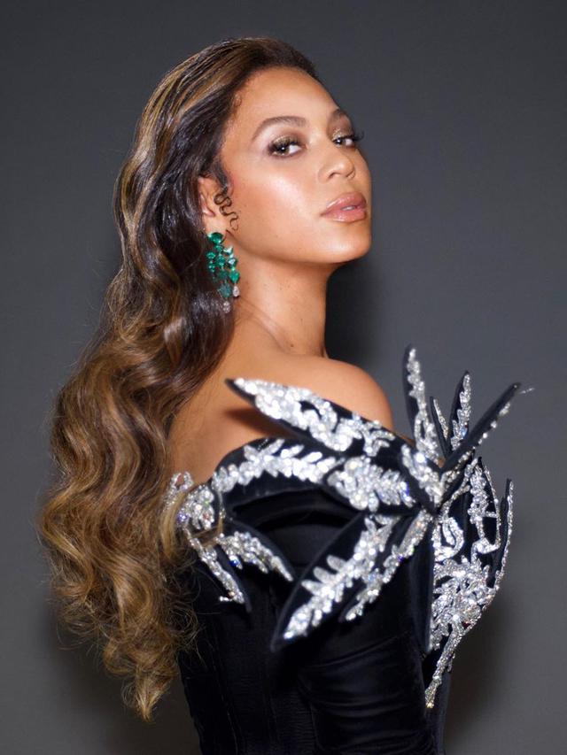 American music artist Beyoncé is building a hemp farm